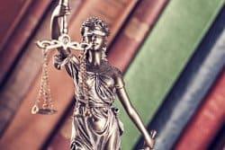 Benötigen Sie einen Anwalt für Steuerstrafrecht? Rufen Sie mich an unter 03328 – 3366-581
