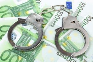 Sind Sie angeklagt worden, steht eine Steuerprüfung bevor oder planen Sie eine Selbstanzeige?