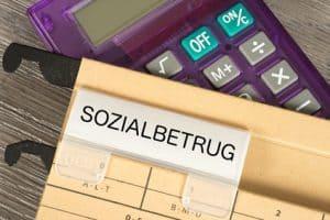 Haben Sie Steuerhinterziehung und / oder Sozialbetrug begangen und benötigen Hilfe?